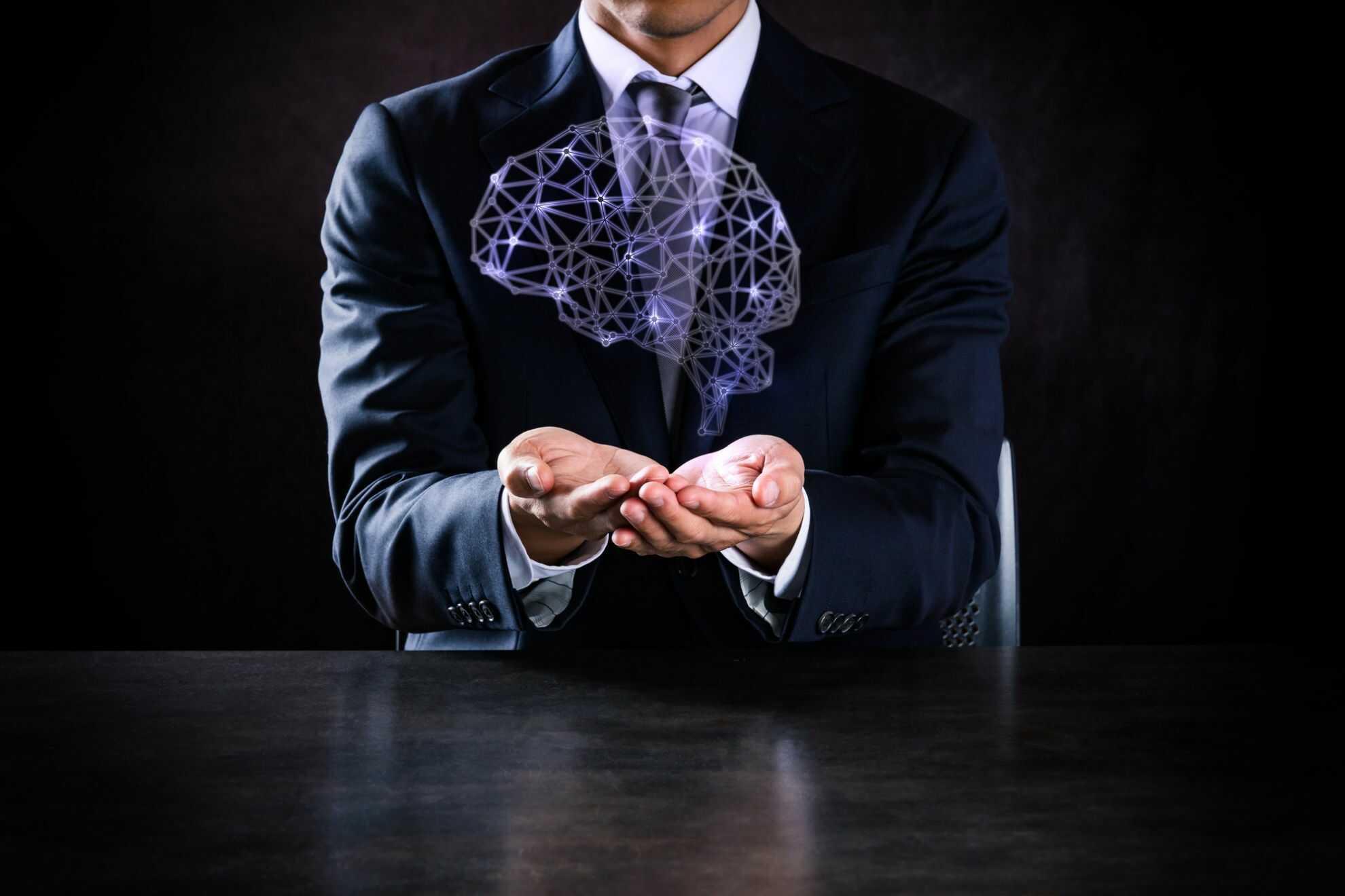 手の上に浮かんでいる「脳」の模式図のイメージ