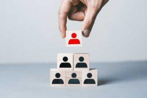 リーダーと他メンバーを表すブロック